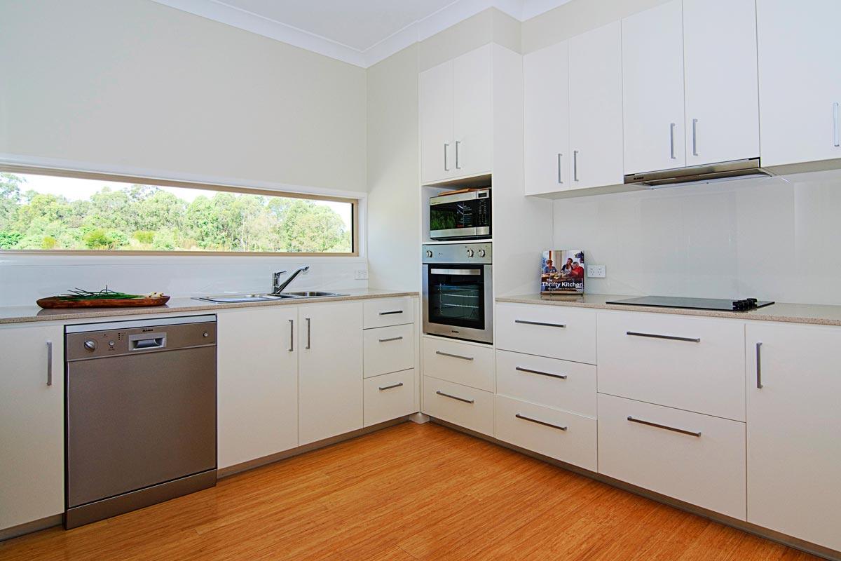 3 Bedroom Apartment - Kitchen Appliances